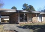 Foreclosure Auction in Henderson 75652 BELVEDERE DR - Property ID: 1676023727