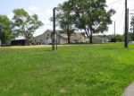 Foreclosure Auction in Mount Vernon 62864 FAIRWAY DR - Property ID: 1688186257