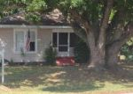 Foreclosed Home in Lakeland 33815 N GRADY AVE - Property ID: 1041726573
