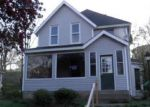 Foreclosed Home in Davenport 52802 N MARQUETTE ST - Property ID: 1084569627