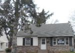 Foreclosed Home in Saint Paul 55106 NEVADA AVE E - Property ID: 1107688519