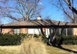 Foreclosed Home in Belleville 62226 MEMORIAL DR - Property ID: 1319427486