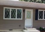 Foreclosed Home in Shirley 11967 ROBERTS RD W - Property ID: 1469969664