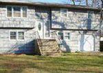 Foreclosed Home in Mastic 11950 MONTGOMERY AVE - Property ID: 1497332521
