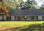 Foreclosed Home in Monroe 71203 CONNIE LYNNE DR - Property ID: 1520320909