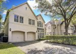 Foreclosed Home in Houston 77027 BRIAR HOLLOW LN - Property ID: 1532932352