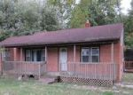 Foreclosed Home in Anderson 46012 E SCHOOL ST - Property ID: 1603972177