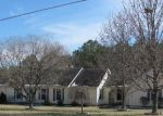 Foreclosed Home in Shelbyville 37160 HILLTOP RD - Property ID: 1708198158