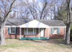 Foreclosed Home in Nashville 37206 BARCLAY DR - Property ID: 1708284900