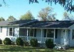 Foreclosed Home in Portland 37148 NEW DEAL POTTS RD - Property ID: 1708307666
