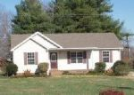 Foreclosed Home in Portland 37148 BLAKES CT - Property ID: 1708309411