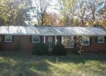 Foreclosed Home in Centerville 37033 HIGHWAY 100 - Property ID: 1708424605