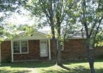 Foreclosed Home in Lafayette 37083 CHITWOOD DR - Property ID: 1708432932