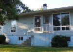 Foreclosed Home in Streamwood 60107 HICKORY AVE - Property ID: 1750076363