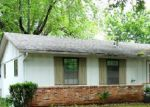 Foreclosed Home in Topeka 66605 SE 33RD TER - Property ID: 1765508378