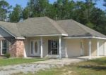 Foreclosed Home in Pearl River 70452 PINE STREET EXT - Property ID: 1917345649