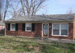 Foreclosed Home in Louisville 40272 LANSFORD DR - Property ID: 2084734485