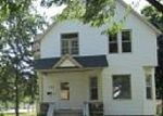 Foreclosed Home in Green Bay 54303 N CHESTNUT AVE - Property ID: 2170916376