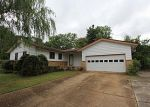 Foreclosed Home in Huntsville 35805 BAYLESS DR SW - Property ID: 2210965603