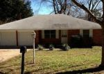 Foreclosed Home in Huntsville 77320 ROUNDABOUT RD - Property ID: 2264802685