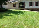 Foreclosed Home in Gastonia 28056 DUNCAN LN - Property ID: 2273137318