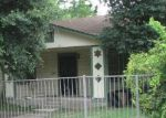 Foreclosed Home in San Antonio 78225 THOMPSON PL - Property ID: 2306036172