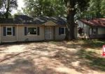 Foreclosed Home in Atlanta 30310 LANVALE DR SW - Property ID: 2306134282