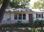 Foreclosed Home in Shelbyville 37160 HOBSON AVE - Property ID: 2330751942