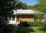 Foreclosed Home in Weatherford 76086 NORTON ST - Property ID: 2337305330