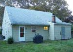 Foreclosed Home in Mastic 11950 HAMPTON AVE - Property ID: 2377562137