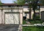 Foreclosed Home in Aurora 60506 RAINWOOD DR - Property ID: 2492282425