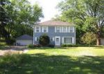Foreclosed Home in Carol Stream 60188 MACARTHUR AVE - Property ID: 2493816655
