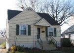 Foreclosed Home in Crest Hill 60403 CHANEY AVE - Property ID: 2498022513