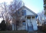 Foreclosed Home in Elgin 60123 WILCOX AVE - Property ID: 2499154232