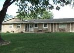 Foreclosed Home in Mchenry 60051 N WEST ST - Property ID: 2503975457