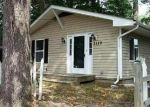 Foreclosed Home in Edgewater 21037 SHORE DR - Property ID: 2509933661