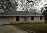 Foreclosed Home in Silsbee 77656 FORRESTER ST - Property ID: 2579250936