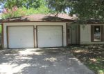 Foreclosed Home in Baytown 77520 HARRISON AVE - Property ID: 2590777524