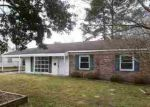 Foreclosed Home in Andrews 29510 N FARR AVE - Property ID: 2600917950