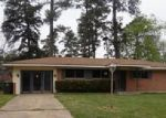 Foreclosed Home in Lufkin 75901 MONTCLAIR ST - Property ID: 2615646563