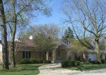 Foreclosed Home in Lincolnwood 60712 N SAUGANASH AVE - Property ID: 2659426444