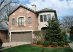 Foreclosed Home in Lincolnwood 60712 N KENTON AVE - Property ID: 2660278301