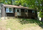 Foreclosed Home in Naugatuck 6770 WARM EARTH RD - Property ID: 2675352943