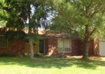 Foreclosed Home in Effingham 62401 ROLLIN HILLS BLVD - Property ID: 2687419561