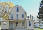 Foreclosed Home in West Hempstead 11552 RHODES LN - Property ID: 2690084626