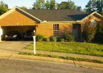 Foreclosed Home in Tuscaloosa 35405 HEATHERSAGE CIR - Property ID: 2699795834