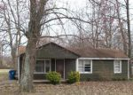 Foreclosed Home in Paducah 42003 BURKHART LN - Property ID: 2699894816