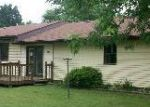 Foreclosed Home in Vine Grove 40175 MITCHELL DR - Property ID: 2706795527