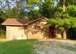 Foreclosed Home in Eureka Springs 72631 THOMAS CIR W - Property ID: 2728849256