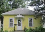 Foreclosed Home in Cedar Rapids 52405 HINKLEY AVE NW - Property ID: 2731916846